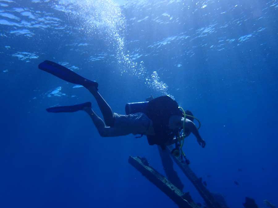 Scuba Diving Trips l Spanish Wells, Harbor Island, Eleuthera